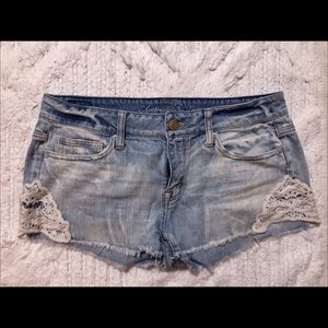 American Eagle shorts with lace detail